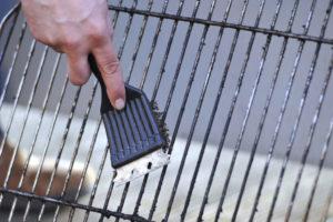 Come pulire il barbecue a carbone rapidamente